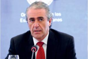 Roberto Menéndez