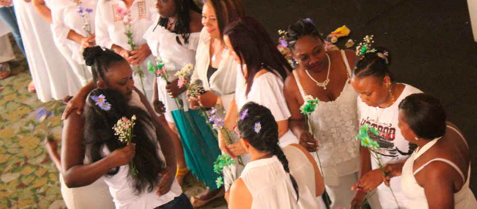 En Cali, mujeres se reconcilian a través del video